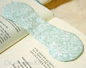 Pale Green Book Weight - Scandinavian Style - Flowers and Birds - Page Holder, Page Marker, Place Keeper, Book Opener