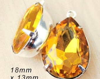 Golden Topaz Glass Beads, Pear or Teardrop, Silver Plated Brass Settings, Rhinestone, 18mm x 13mm, Cabochon, Glass Gems, One Pair