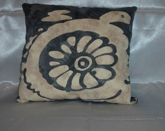 Turtle pillow pictorial silk screen on linen new