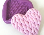 Knitted Heart Silicone Mold Mould 40 mm -Kitsch Kawaii DiY Polymer Clay Sugarpaste Cake Decorate Resin