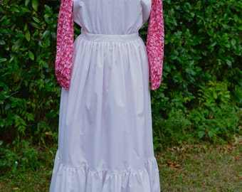 Ladies, size 8/10, Pioneer/Prairie costume in shades of pink and white.