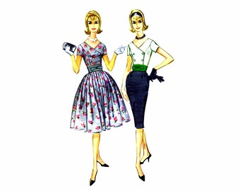 1960s Double Breasted V-Neck Dress McCalls 5671 Vintage Sewing Pattern Slim or Full Skirt Dress Size 13 Bust 33 UNCUT