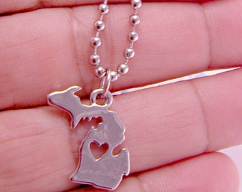 State of Michigan Silver Plated Charm Necklace on 18 Inch Ballchain