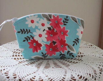 Essential Oil Case Clutch Cosmetic Bag  Purse Flea Marke Fancy   Wedding Bridesmaid Gift