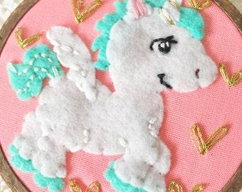 Embroidered Art Hoop - Twinkle Unicorn