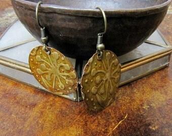 Metal disc embossed metal earrings Copper Brass Disc earrings