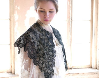 French Lace Cape or Fichu
