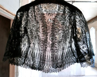 Antique Chantilly Lace Jacket XS