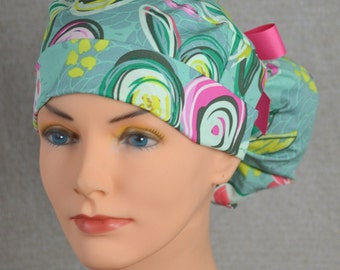 Scrub Hats // Scrub Caps // Scrub Hats for Women // The Hat Cottage // Ponytail // Sprayed Blooms