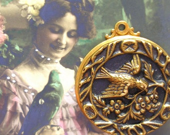 1800's vintage BUTTON pendant, Victorian BIRD in brass.