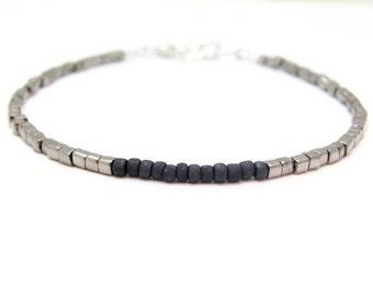 Gunmetal Friendship Bracelet, Gunmetal Silver color Cubes, Charcoal Gray Bracelet, Seed Bead Bracelet, Beaded Bracelet, Minimal Bracelet,