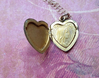 Victorian Heart Reliquary Locket, Icons of Our Lady Of Sorrows (Latin Mater Dolorosa) and Sacred Heart of Jesus, Religious Devotional