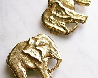 Vintage Gold Lucky Elephants Belt Buckle Large 1970's Funky Novelty Metal Belt Accessories