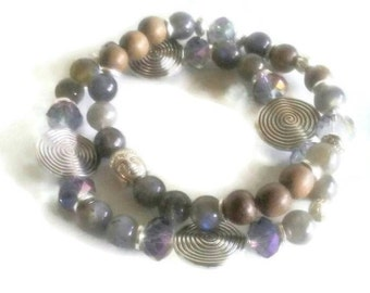 Labradorite beaded wood beaded Buddha bead spiral bead crystal beaded bracelet
