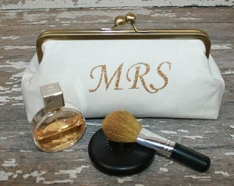 Gold Bride Clutch/ Bridal Clutch Purse/ Bride to Be Gift/ Bridal Shower Gift/ Future Mrs Gift/ Engagement Gift/ Wedding Gift