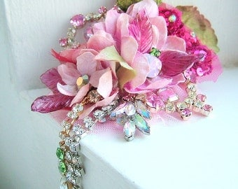 Romance - OOAK Brooch - Ready to ship x
