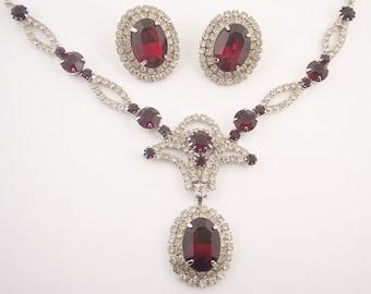 Vintage Red Rhinestone Necklace Set