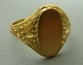 2 Brass Rings with Setting - Floral Victorian