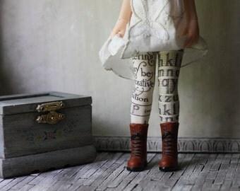Typography Blythe Doll Socks