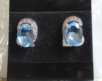 Vintage Blue Glass Stone Earrings, Light Blue Jewelry, Blue Bridal Earrings, Mid-Century Jewelry, Light Sapphire, Wedding Jewelry