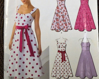 Sewing Pattern New Look 6966  Misses' Dress Bust 30-38 inches  UNCUT Complete