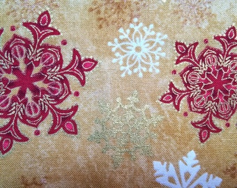 Christmas Red Snowflakes in brown - fat quarter