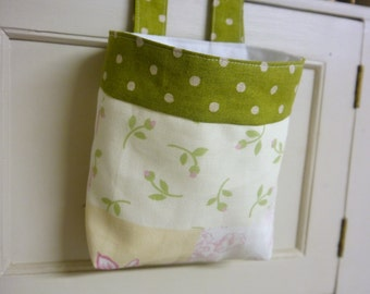 Thread Catcher -  Craft Caddy - Patchwork with  Green&White Polka Dots - Linen -  Handmade