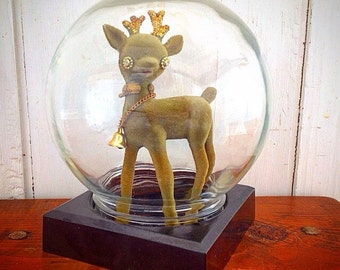 Show Off... Vintage Display Glass Orb Globe Terrarium, Display Case, Snow Globe