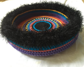 Mulligan's Hand-Crocheted Cat Bed (no. 1631)
