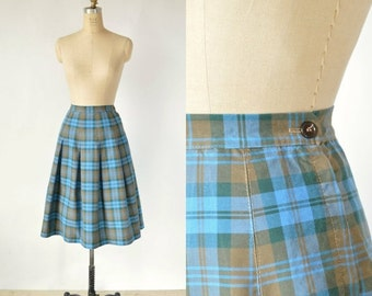 30% OFF Vintage Plaid Skirt --- 1950s Blue Pleated Skirt