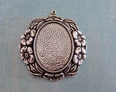 NEW Large Silver Floral 30mm x 40mm Oval Bezel Charm 3795