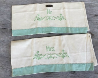 Antique Linen Hand Towel - Mr. & Mrs. - Embroidered Towel - New Old Stock - Original Tag - Green White (4550-W)