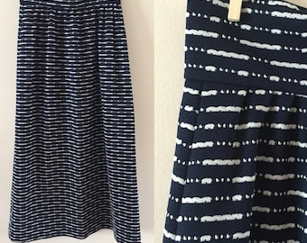 Vintage Maxi Skirt Navy Blue and White 1970s sz M/L