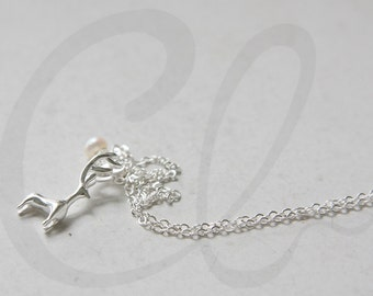 Sterling Silver Deer and Freshwater Pearl Necklace (N148)