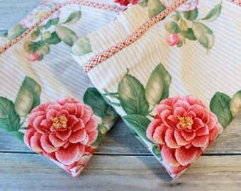 Vintage Botanical Pillow Shams, Vintage Floral, Shabby Chic, Pillow Covers, Floral Shams, Old  Roses, for Mom, gift wrapped, ready to ship