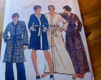 Butterick 4158 Size Large men's robe sewing pattern