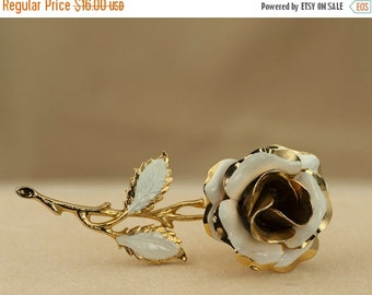 Brooch or Pin White and Gold Tone Vintage Enameled Rose Brooch 1960s