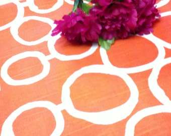 GEOMETRIC CIRCLES LINENS - Colors -Tablecloths,  Freehanded Circle , Links, Wedding, Bridal, Shower