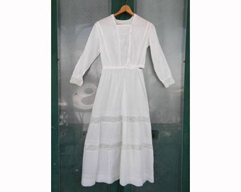 Antique Edwardian Victorian White Cotton Day Dress with Lace and Pintucks