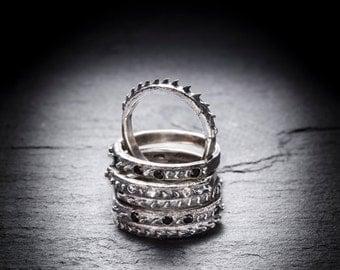 sale CHAMELEON ring with white topaz or black spinel