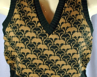 Vintage 1970s  Acrylic Sweater Vest - Argyle Style - Hunter Green with Tan