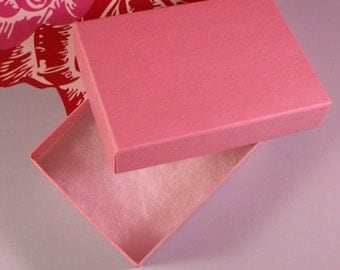 Christmas in July 100 Pack Cotton Candy Matte Pink 3.25X2.25X1 Inch Sized Cotton Filled Jewelry Presentation Boxes