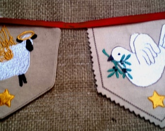 CHRISTMAS BUNTING/GARLAND 4 primitives, machine embroidery design 4x4 hoop