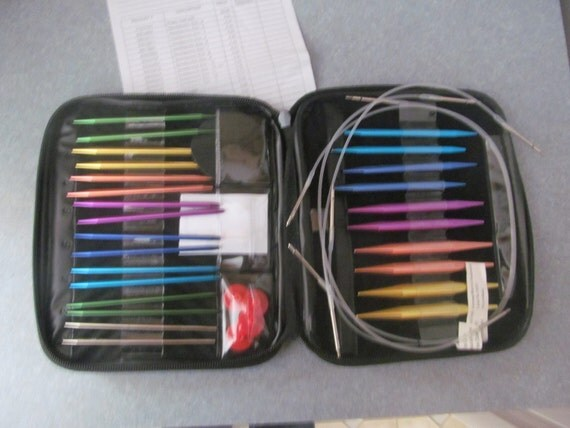 Knitting Needle Sets In Case : Interchangeable knitting needle set with case