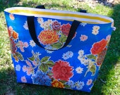 extra large bag // oilcloth beach bag pool tote reversible washable lined / gold black white stripe dot floral