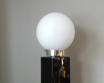 Vintage white and black white globe black ceramic black and white table lamp monumental statement