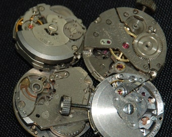 Vintage Antique Small Round Watch Movements Steampunk Altered Art Assemblage CD 73