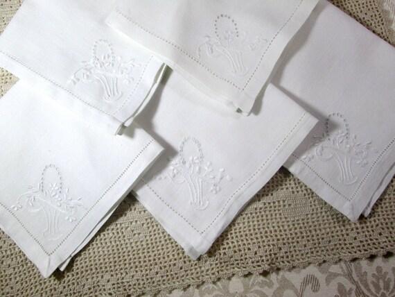 Vintage Linen Napkins Embroidered White Table Linens Wedding