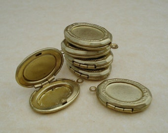 3 Vintage 22x16mm Brass Oval Etched Hinged Picture Lockets with Recessed Area for 14x10mm Flat Back Cabs or Stones