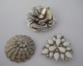 Vintage Brooch Lot for Repurpose Reuse Up Cycling Jewelry Making Supplies MilkGlass Silver Flower Movable Petals Domed Flower Pin